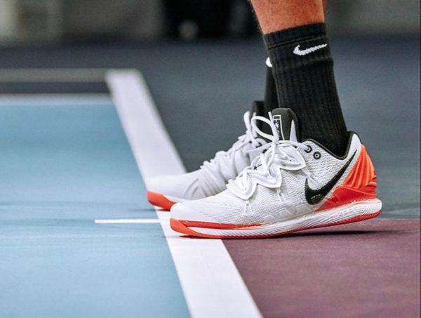 5593681a1af1 Avis : Nike Zoom Vapor X Kyrie 5 Nick Kyrgios 'Hot Lava'