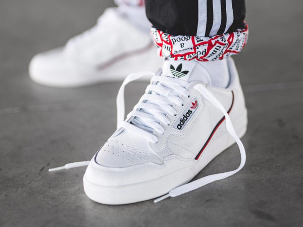 Adidas Continental 80 Rascal blanche White 2019 on feet (couv)