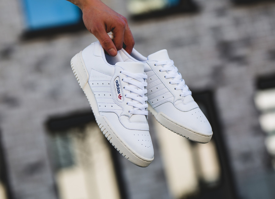 Adidas Powerphase OG blanche FTWR Off White (EF2888) (1)