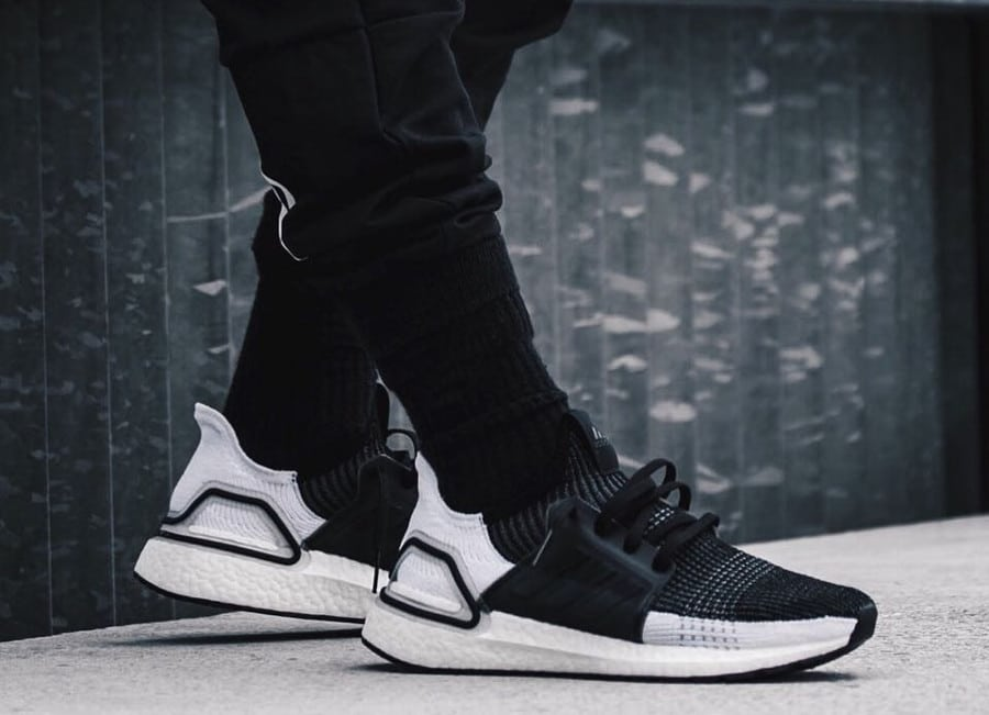 Adidas UltraBoost 19 Oreo Core Black Grey Six (3)