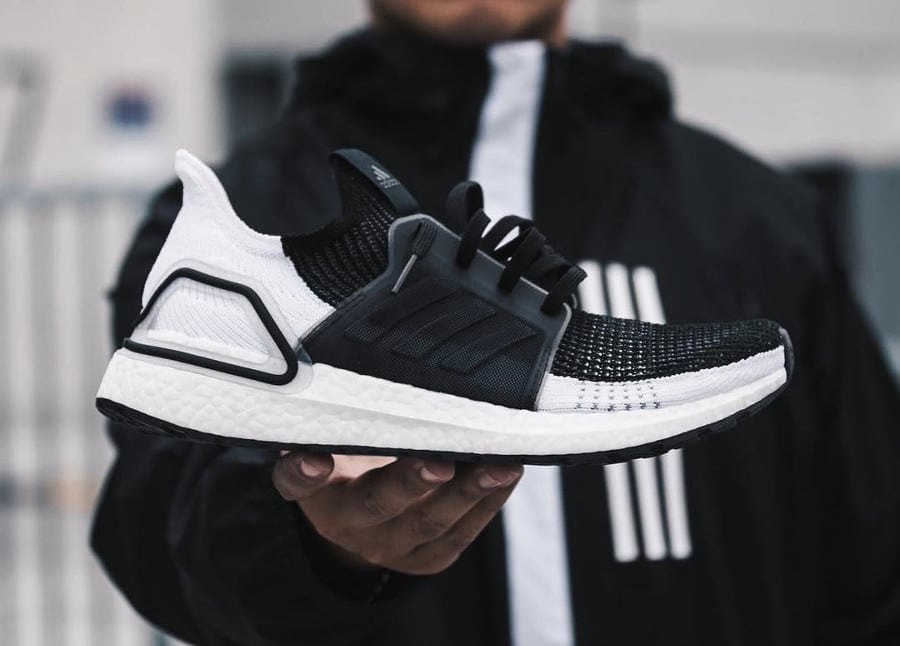 b648f0b8aba59 Vous êtes ici   Sneakers-actus → Adidas → Adidas Ultra Boost → Adidas  UltraBoost 19  Oreo   Panda  White   Black