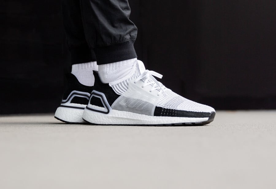 Adidas UltraBoost 19 Panda Ftwr White Grey Two (2)