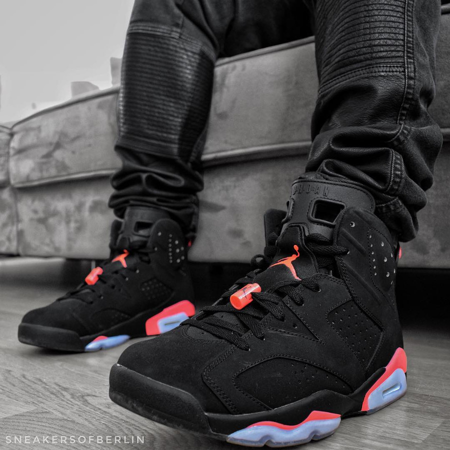 Air Jordan 6 Retro Black Infrapink 2014- @sneakersofberlin (1)
