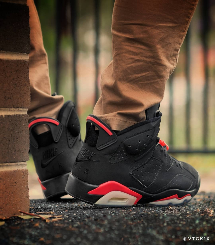 Air Jordan 6 Retro Black Infrared Nike Air 2000 - @vtgk1x (1)