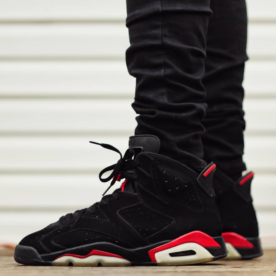 Air Jordan 6 Retro Black Varsity Red 2010 - @kickspbj