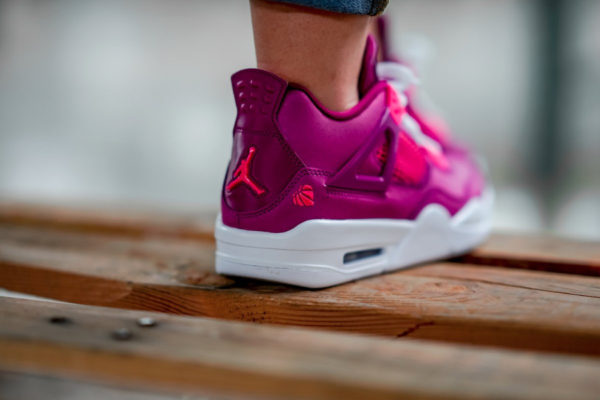 Air Jordan IV saint valentin 2019 (bordeaux et rose) (6)