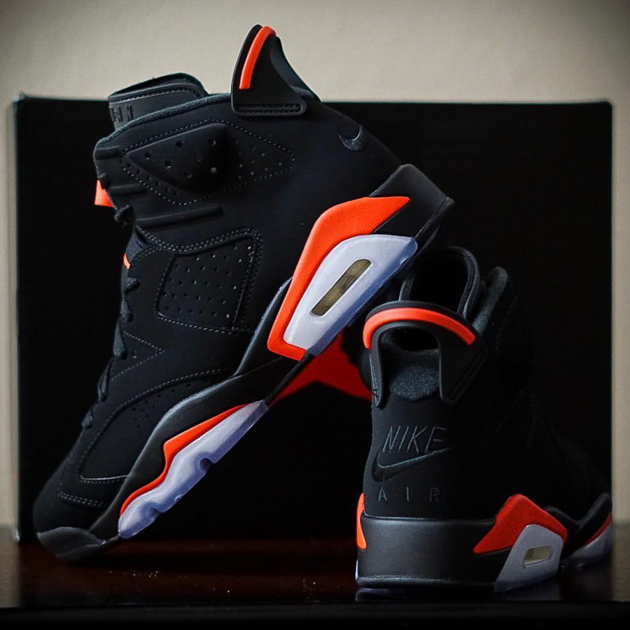 Air Jordan VI Black Infrared Retro 2019 on feet (2)