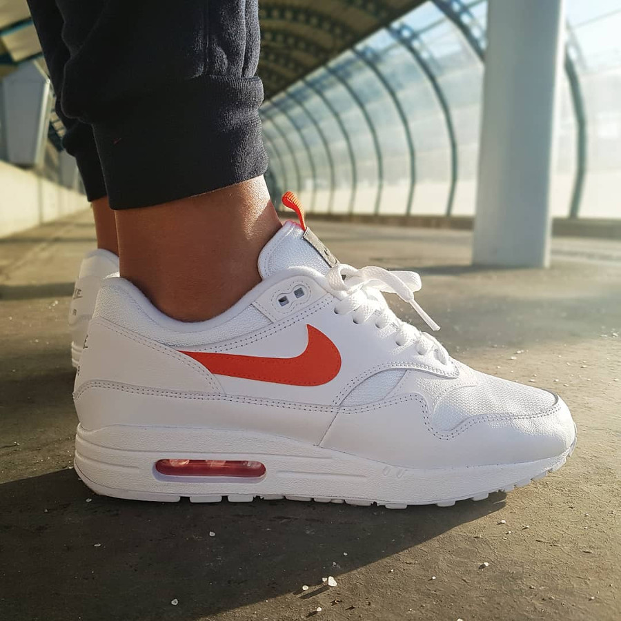 Air Max 87 Special Edition blanche et orange (5)