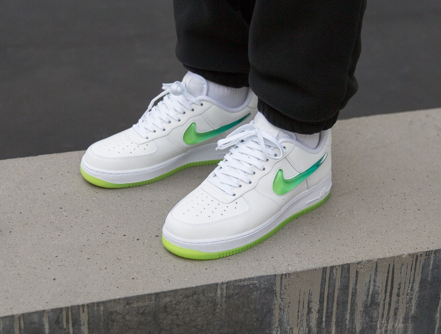 Nike Air Force 1 Jelly Swoosh White Volt AT4143-100