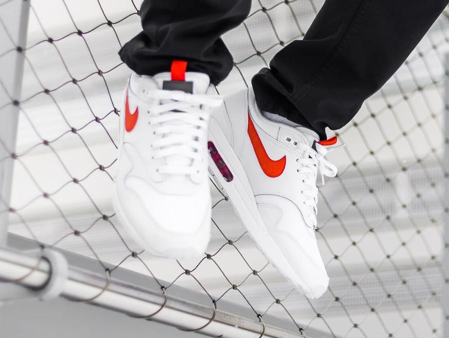 Nike Air Max 1 SE White Team Orange (1)