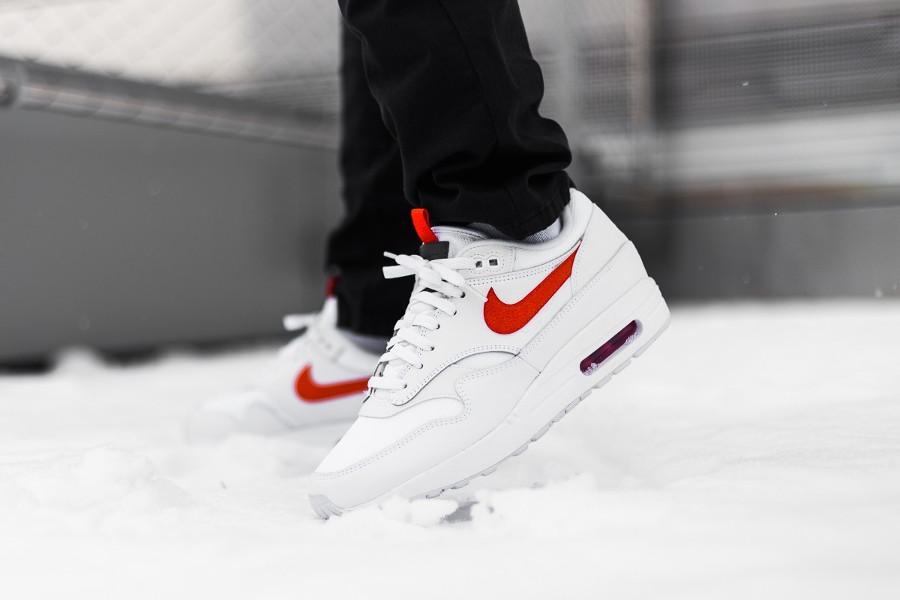 Nike Air Max 1 SE White Team Orange (3)