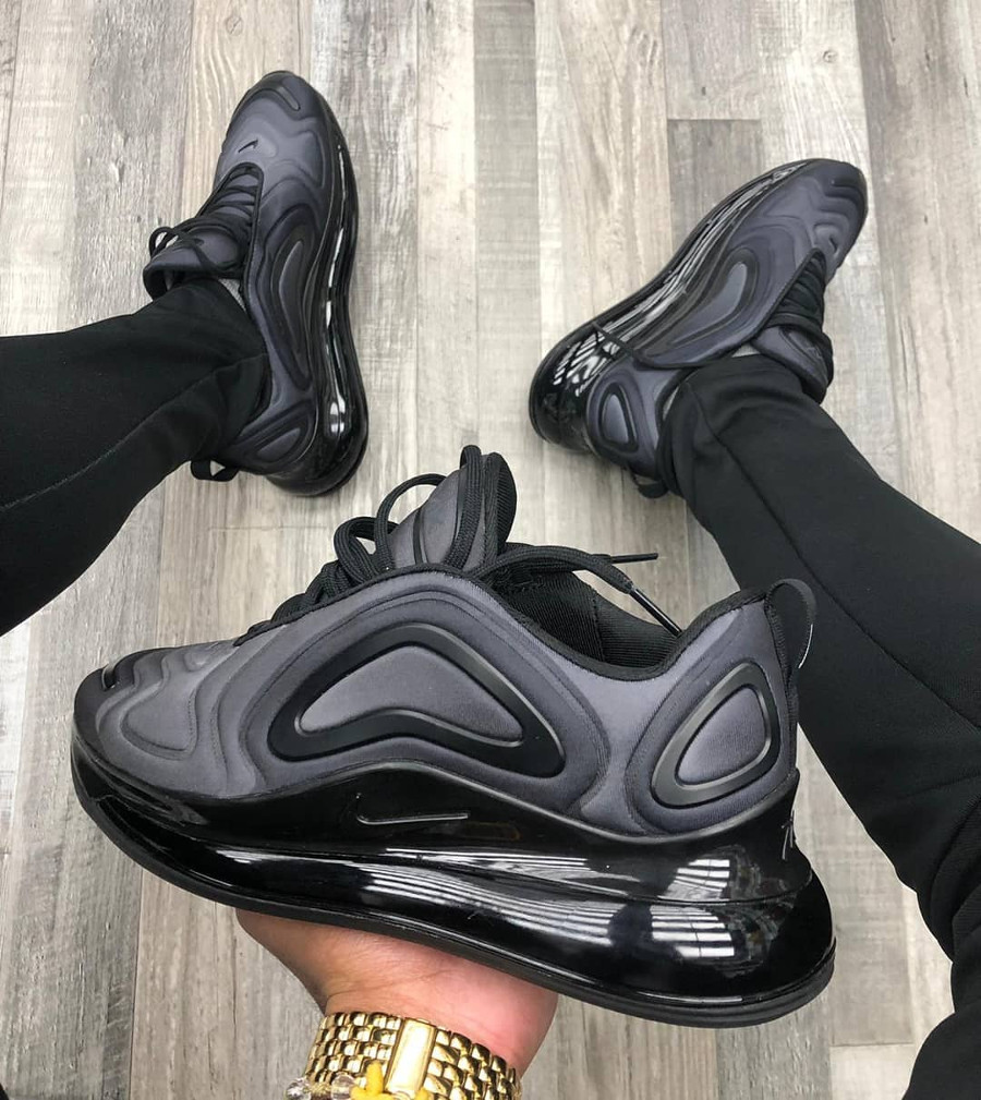 Faut il acheter la Nike Air Max 720 Total Eclipse Black