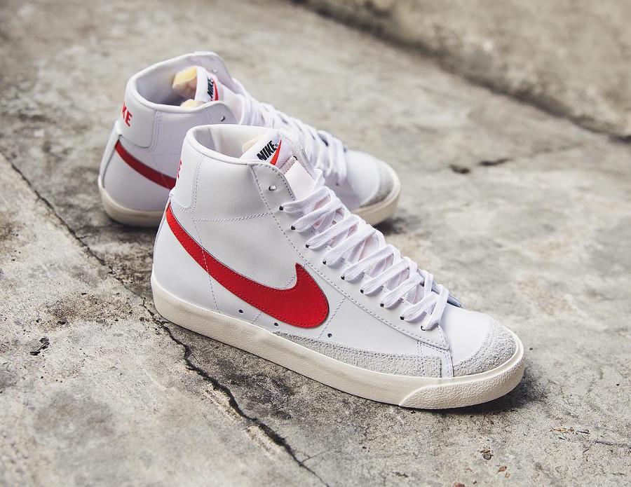 Nike Blazer Mid 77 Vintage Habanero Red White Sail
