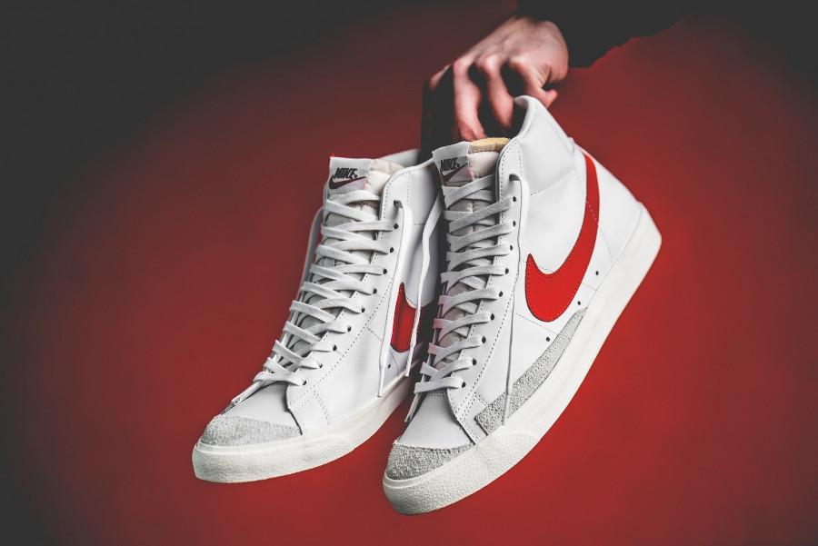 Nike Blazer vintage mi-montante blanche et rouge (1)