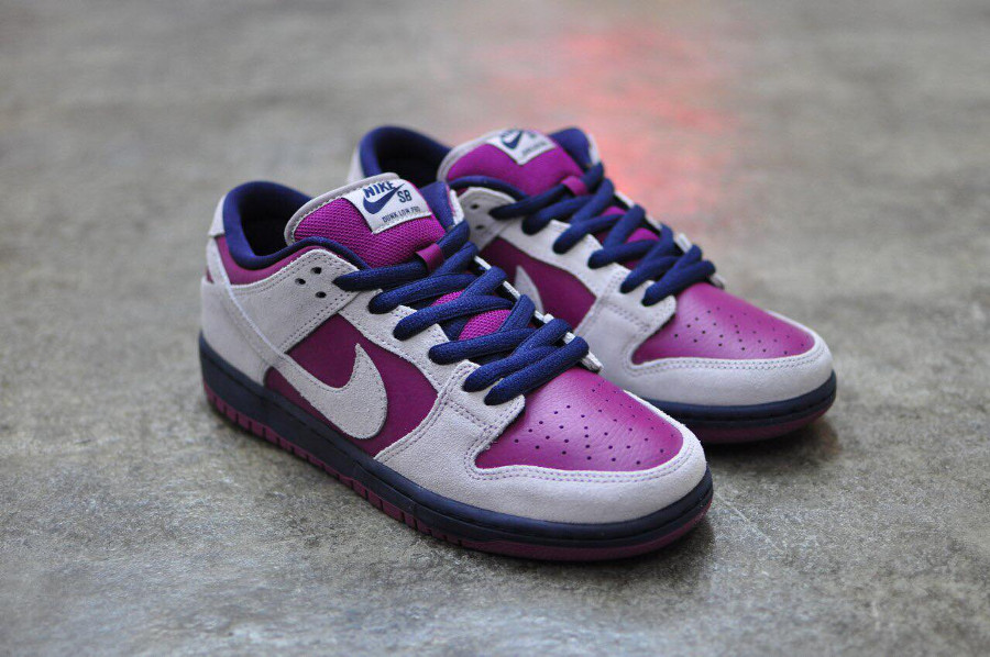Nike SB Dunk Low Pro 'Atmosphere Grey True Berry'