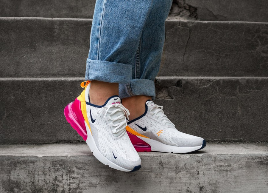 Nike Wmns Air Max 270 Summit White Midnight Navy Laser Fuchsia (2)