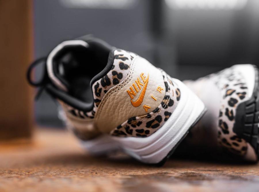 Nike Womens Max One Safari Desert Ore Orange Peel-Black (2)