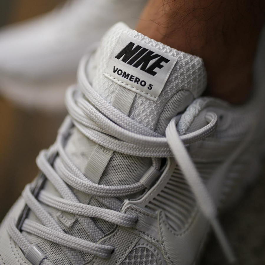 Nike Zoom Vomero 5 SP Blanche (1)
