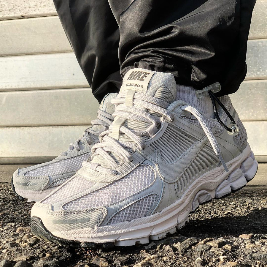 Nike Zoom Vomero 5 SP Blanche (4)