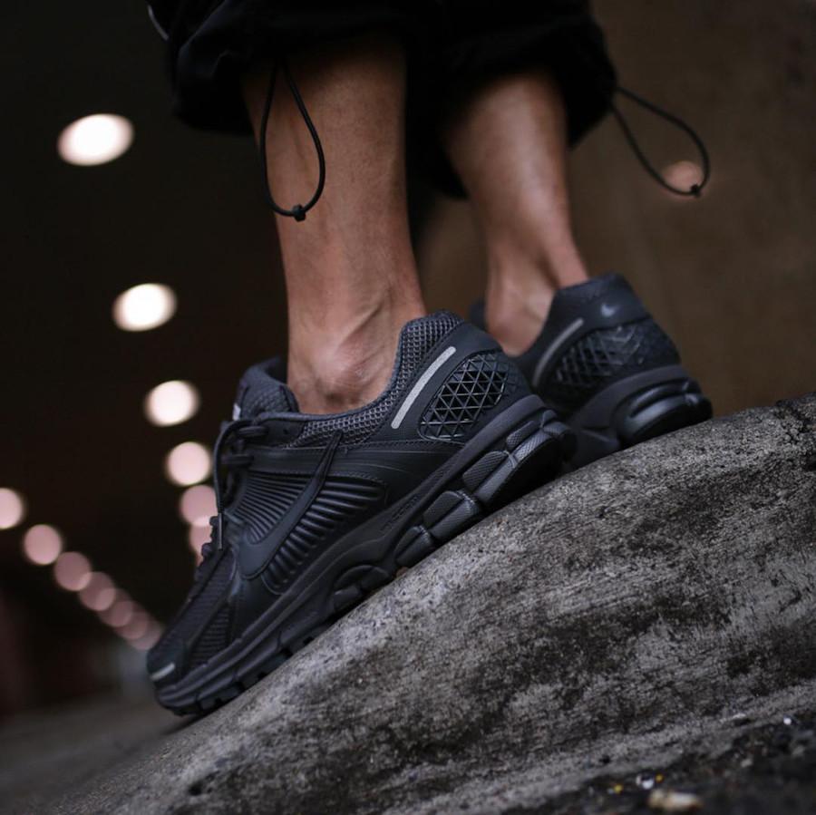 Nike Zoom Vomero 5 SP noire (1)