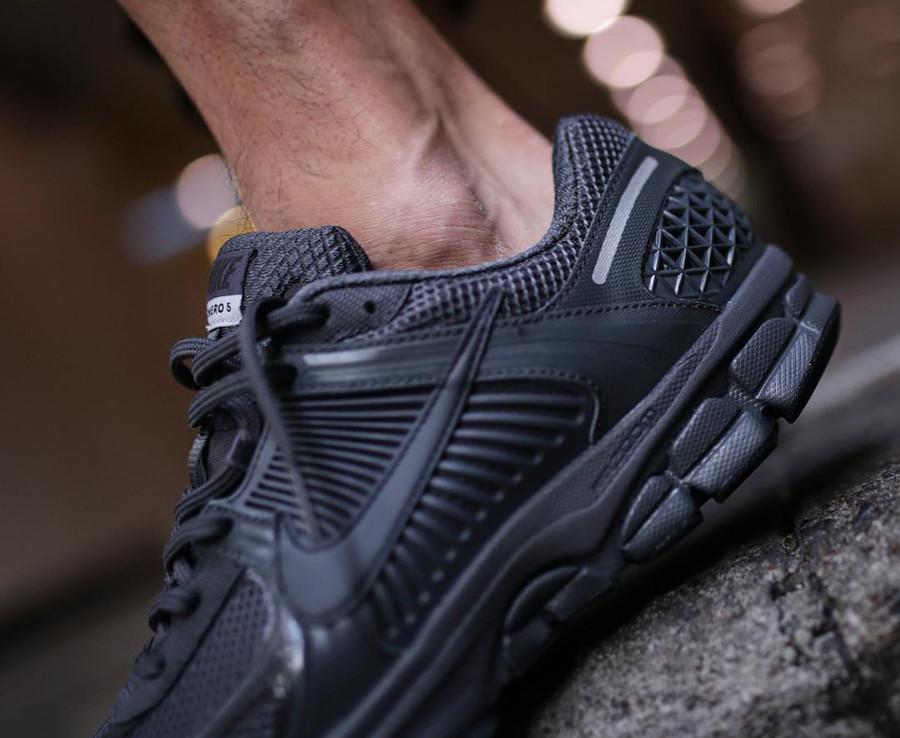 Nike Zoom Vomero 5 SP noire (2)
