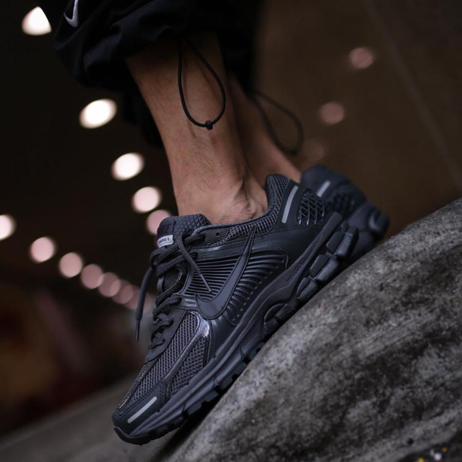 Nike Zoom Vomero 5 SP noire (3)