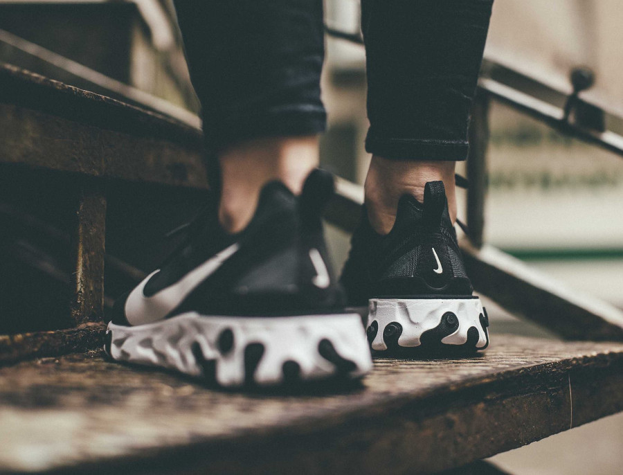Nike wmns React Element 55 Black White (3)