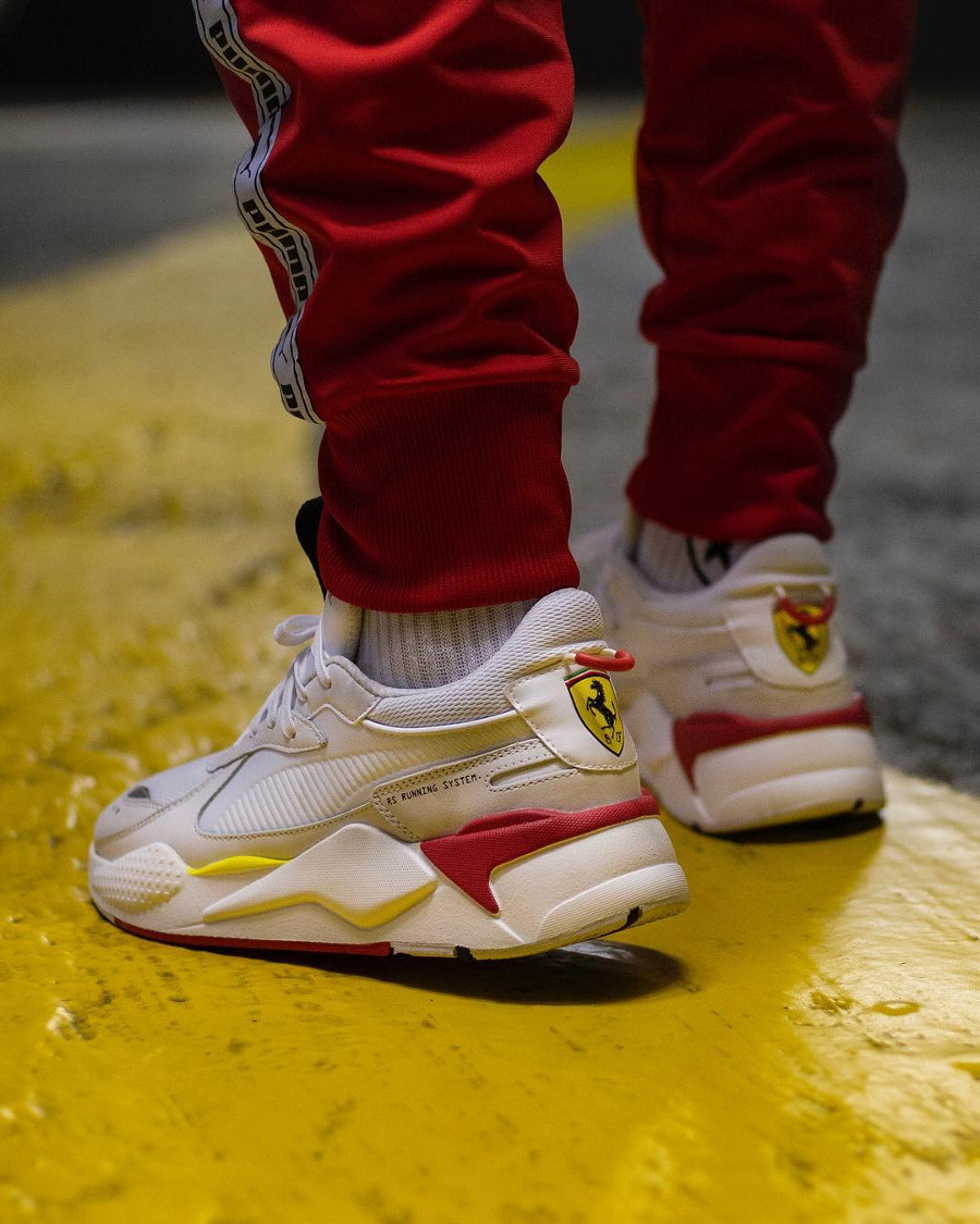 Puma SF RS X blanche Trophy Ferrari White Rosso Corsa on feet (1)