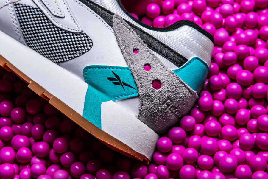 Reebok Classic Leather Alter The Icon nlanche rose et turquoise (3)