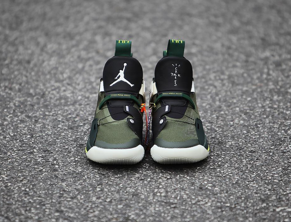 Travis Scott x Air Jordan XXXIII Olive Black Ale Brown (5)