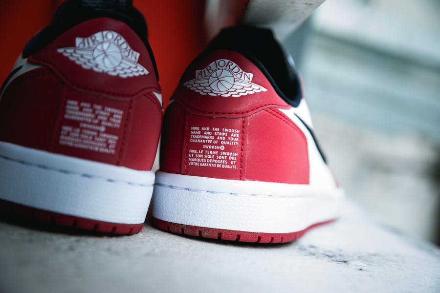 Wmns Air Jordan 1 Low Slip NRG 'Chicago' White Varsity Red (1)