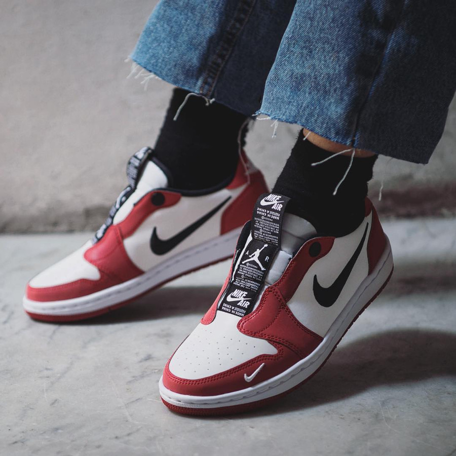 Wmns Air Jordan 1 Low Slip NRG OG Chicago on feet