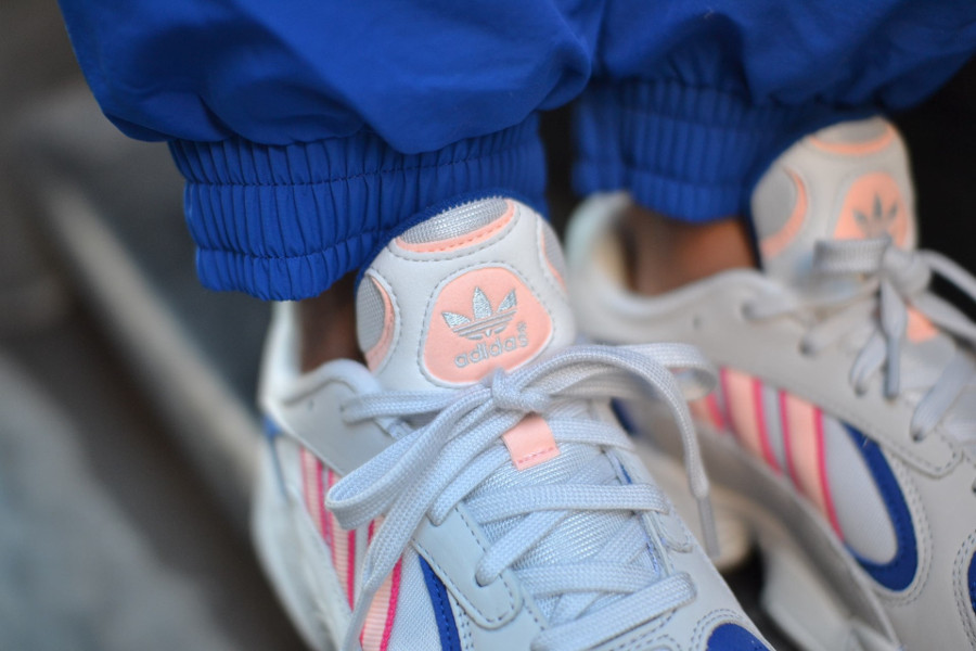 a15c318cd6f Faut-il acheter la Adidas Yung 1 Crystal White Clear Orange BD7654 ?