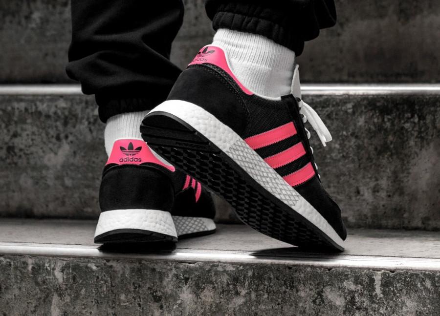 Adidas Marathon Tech Carbon Black Shock Red (3)
