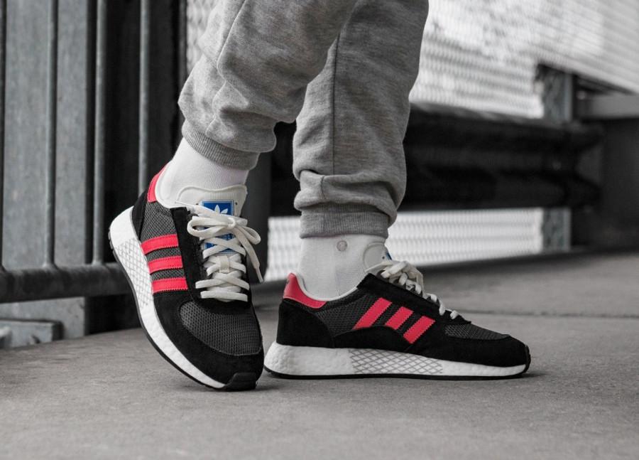 Adidas Marathon Tech Carbon Black Shock Red (4)