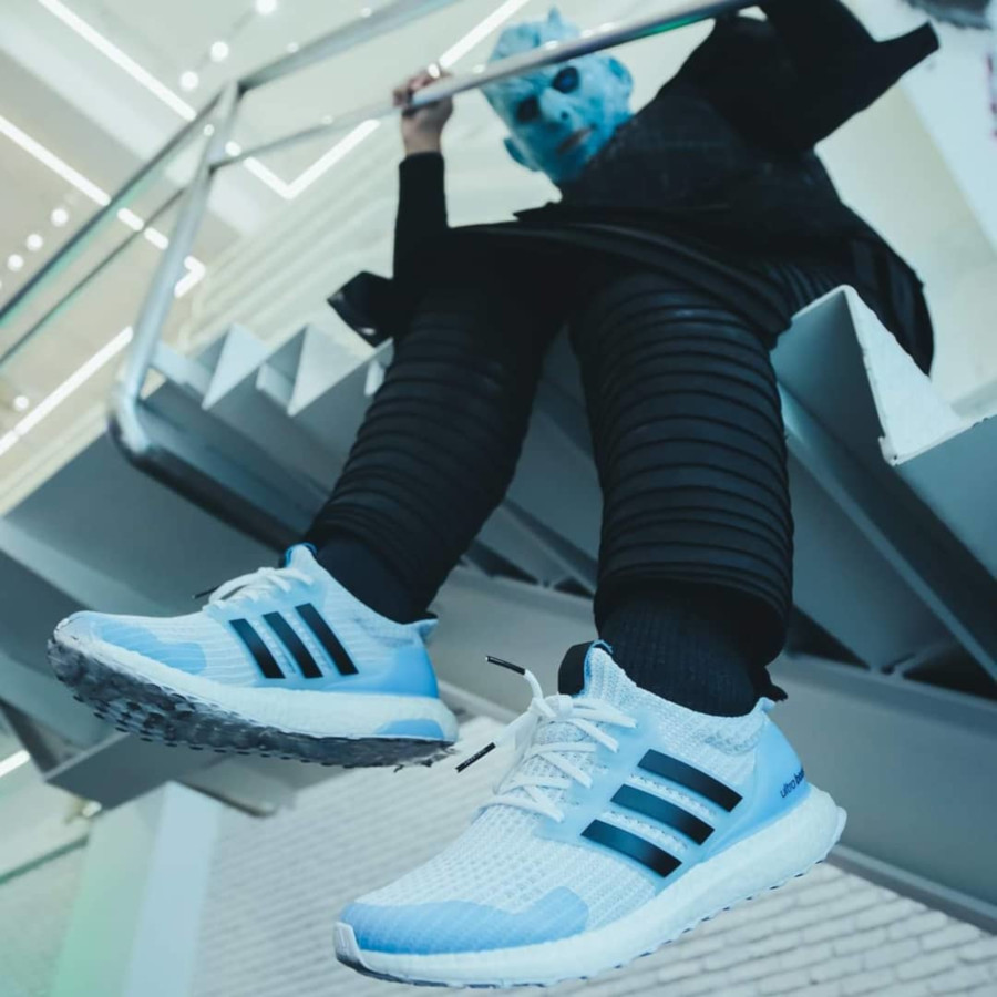Adidas Ultra Boost GOT White Walkers (marcheurs blancs) EE3708 (1)