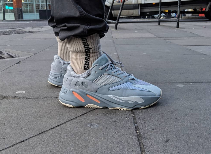 timeless design 51561 6037a Faut-il acheter la Adidas Yeezy Boost 700 V1 Inertia Wave ...