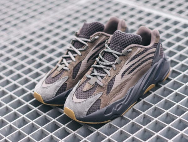 Adidas Yeezy Boost 700 V2 Geode (marron) EG6860