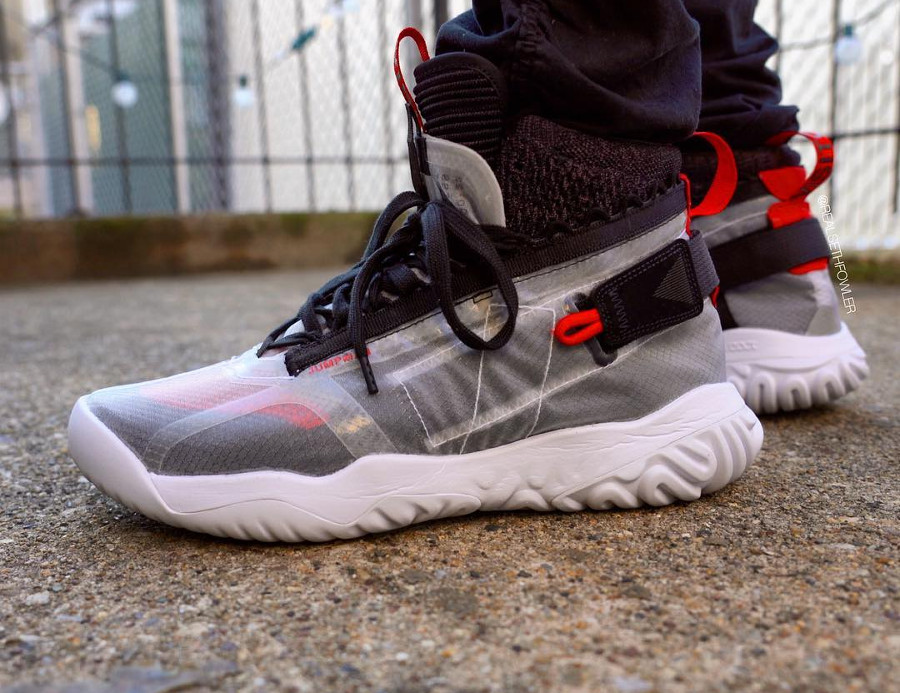 Air Jordan Apex Utility 'Flight Utility' White Black University Red