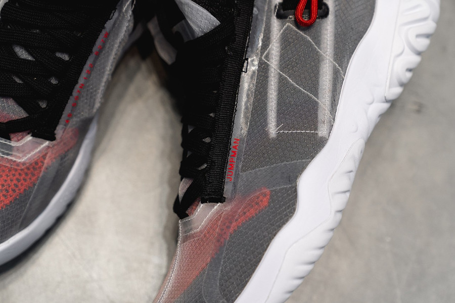 Air Jordan Apex Utility White Black University Red (2)