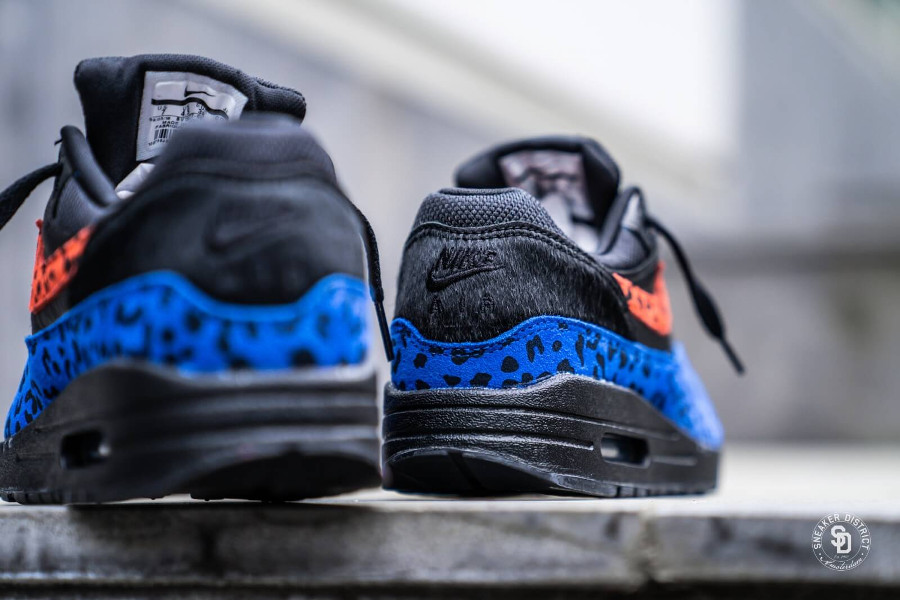 Air Max 1 Premium Black Leopard Habanero Red Racer Blue (3)