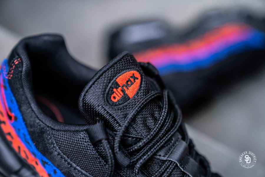 Air Max 95 Premium Black Leopard Habanero Red Racer Blue (2)