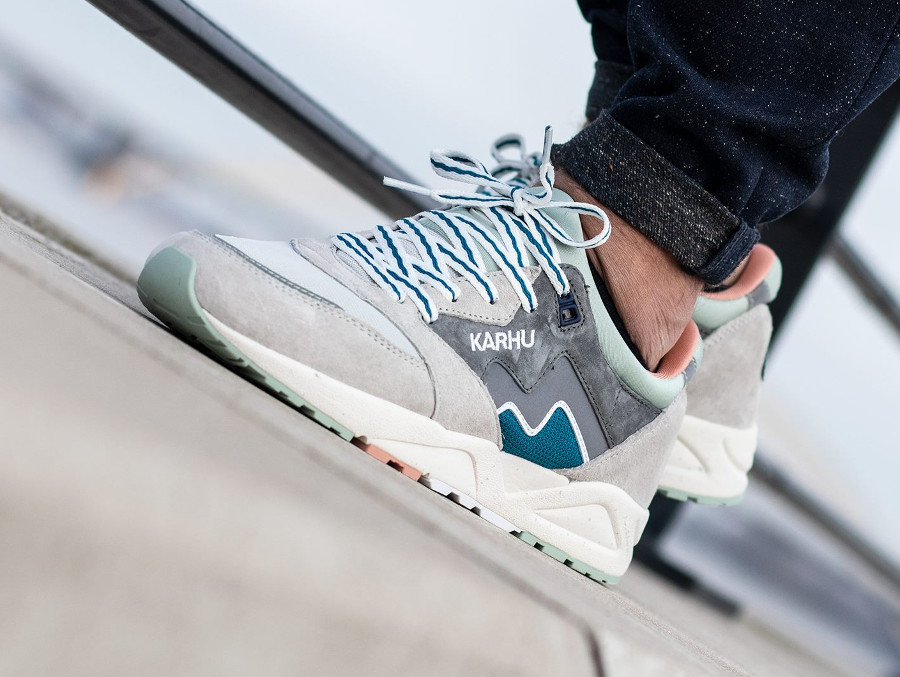 Karhu Aria Wild Dove Lunar Rock (Monthless Pack)