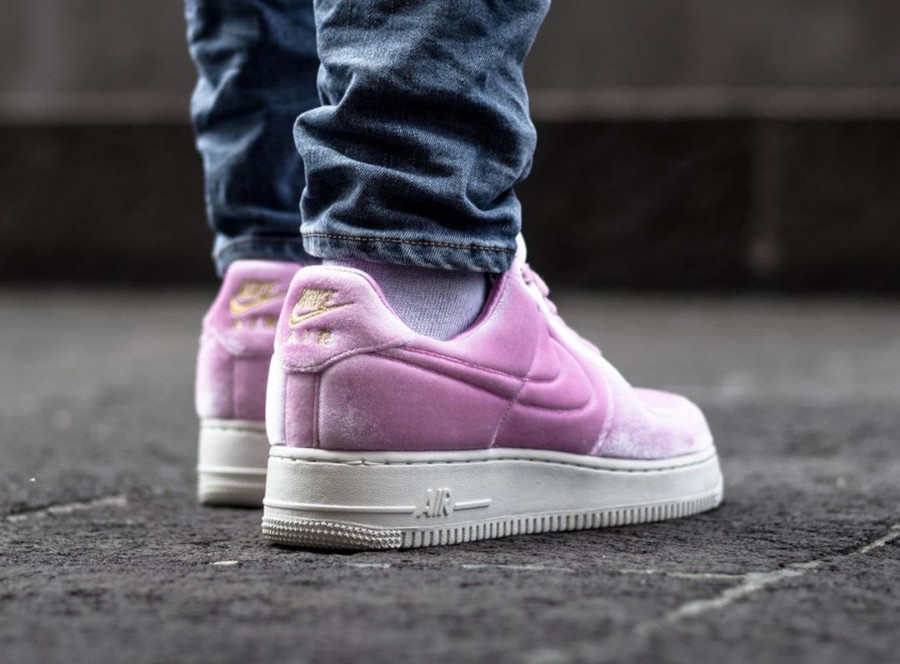 Nike Air Force 1 '07 Premium 3 'Velvet' Pink Rise Sail (6)