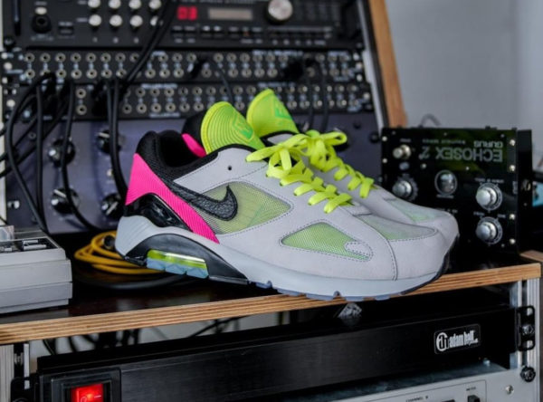 https://www.sneakers-actus.fr/wp-content/uploads/2019/03/Nike-Air-Max-180-Berlin-Hyper-Pink-Freedom-Unity-2-600x444.jpg