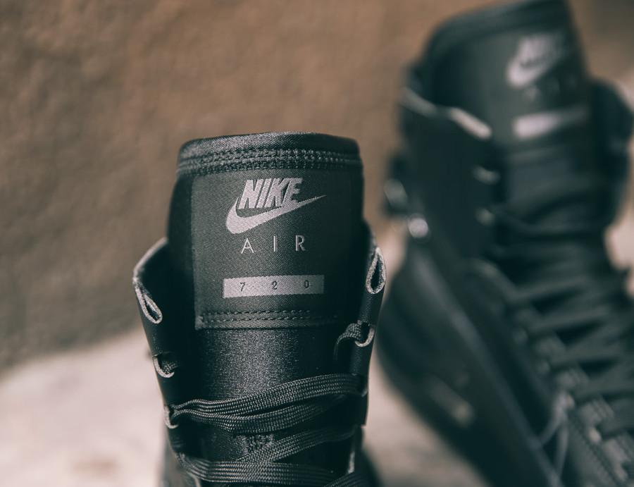 Nike Air Max 720 Saturn 'Triple Black' (2)