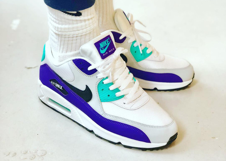 Nike Air Max 90 Essential 'Grape' White Hyper Jade Purple