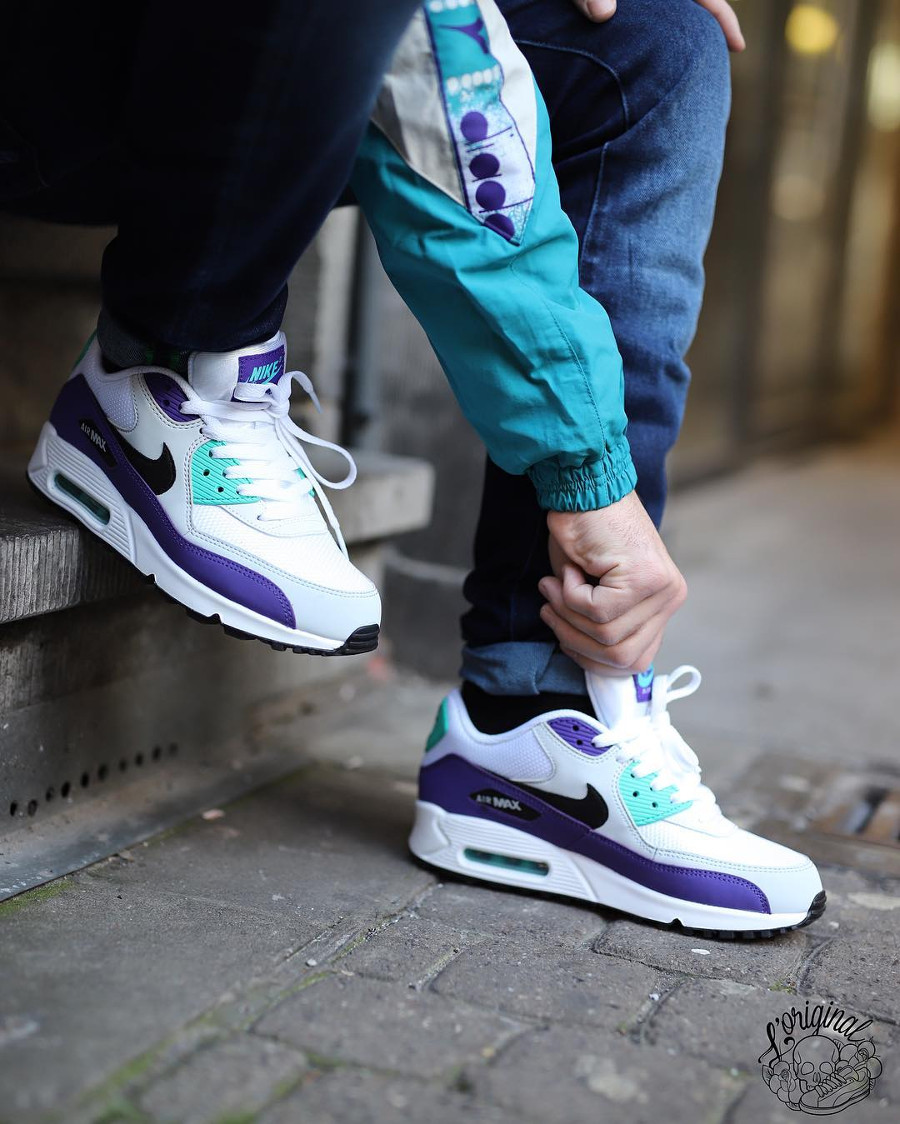 Nike Air Max 90 Essential 'Grape' White Jade Purple (1)