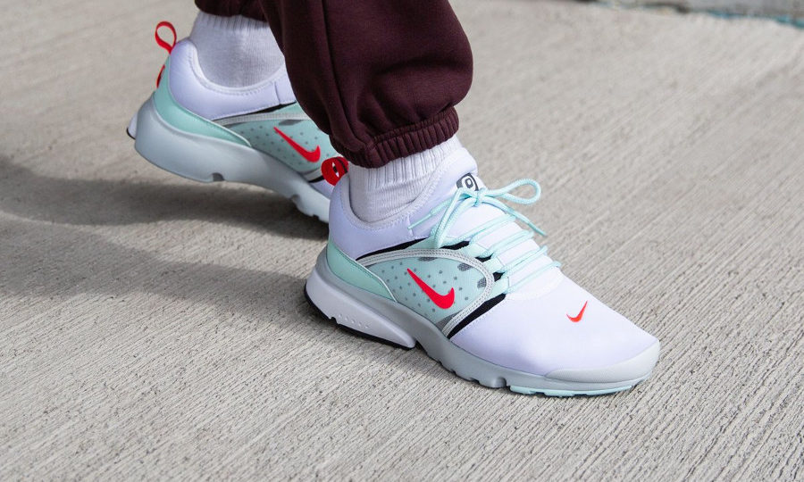 Nike Air Presto Fly World Oriental Poppy Unholy Cumulus