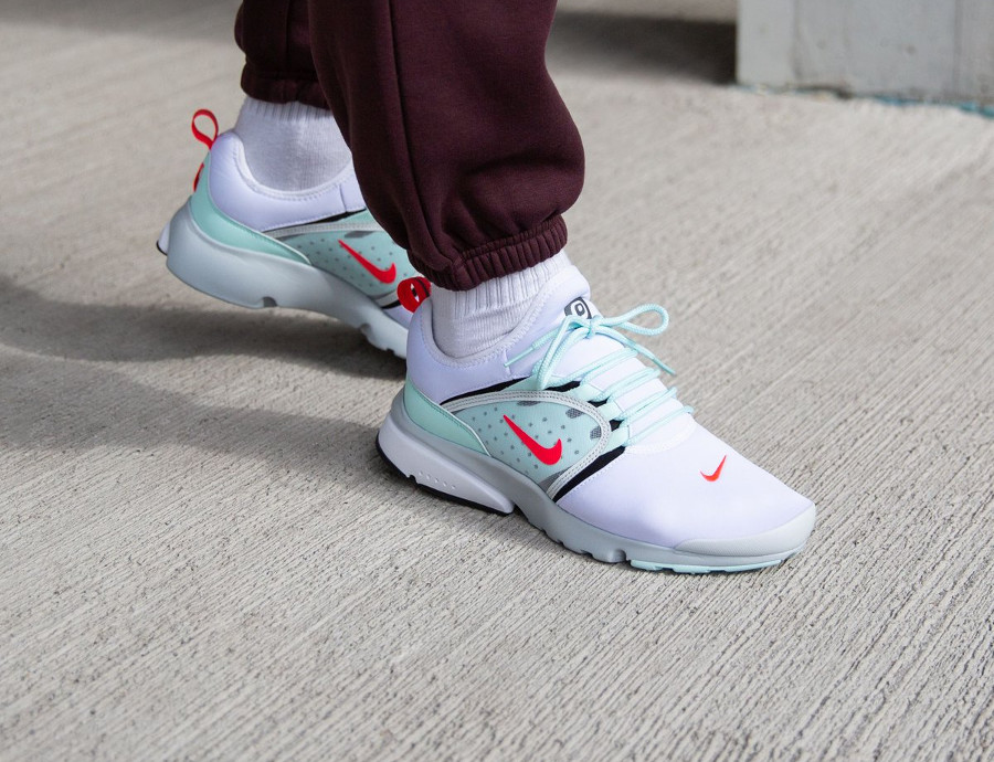 Nike Air Presto Fly World White Oriental Poppy